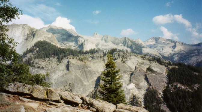 Bearpaw Meadows Camp - Sequoia National Forest, California